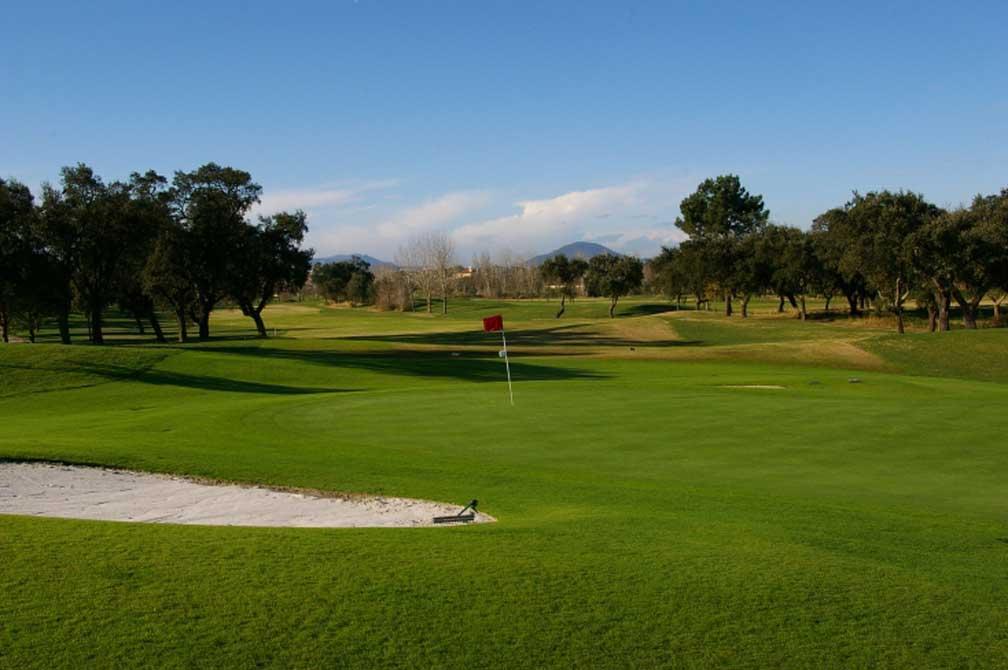 https://golftravelpeople.com/wp-content/uploads/2019/04/Montado-Golf-Club-8.jpg