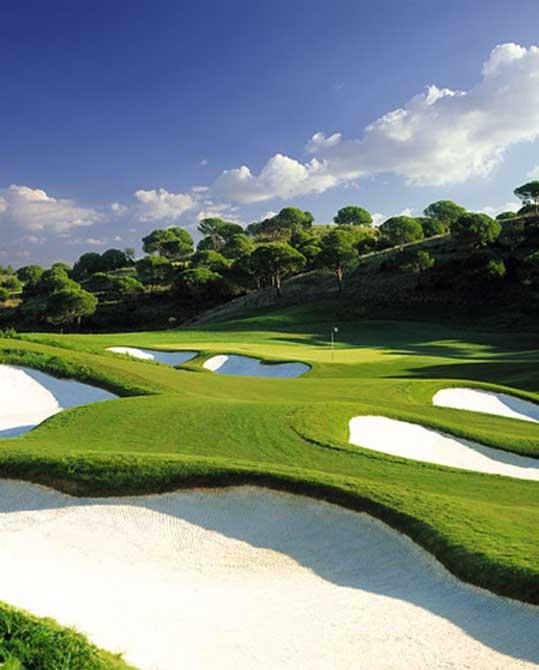 https://golftravelpeople.com/wp-content/uploads/2019/04/Monte-Rei-Golf-Club-1.jpg