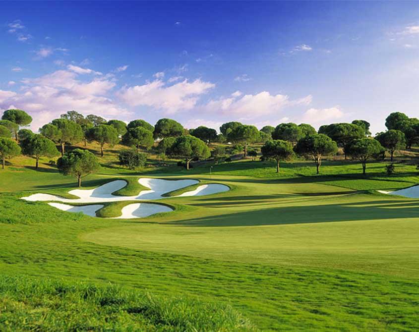 https://golftravelpeople.com/wp-content/uploads/2019/04/Monte-Rei-Golf-Club-11.jpg