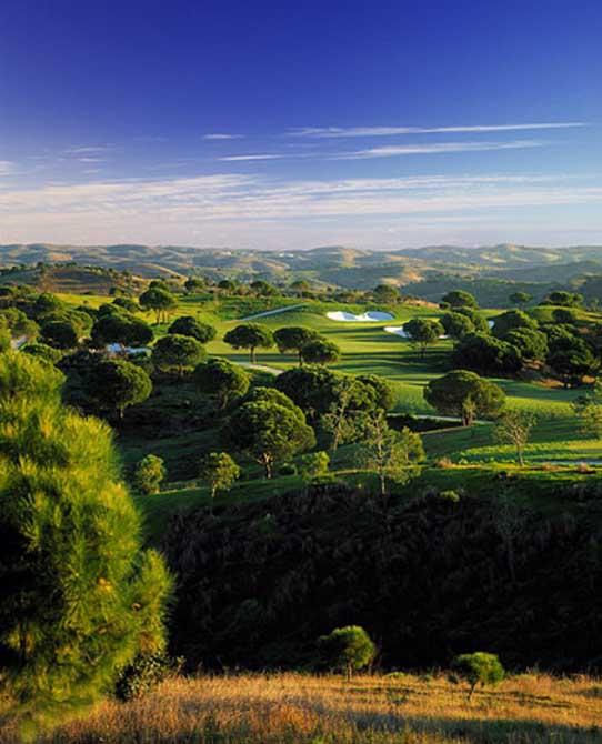https://golftravelpeople.com/wp-content/uploads/2019/04/Monte-Rei-Golf-Club-2.jpg