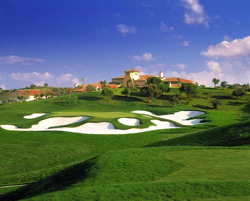 https://golftravelpeople.com/wp-content/uploads/2019/04/Monte-Rei-Golf-Club-6.jpg