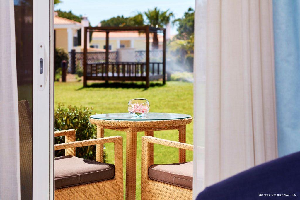 https://golftravelpeople.com/wp-content/uploads/2019/04/Monte-da-Quinta-Suites-Quinta-do-Lago-7-1024x683.jpeg
