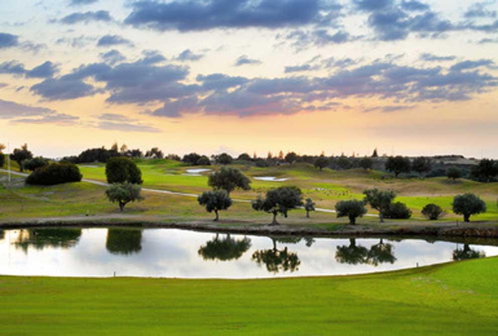 https://golftravelpeople.com/wp-content/uploads/2019/04/Montecastillo-Golf-Club-1.jpg