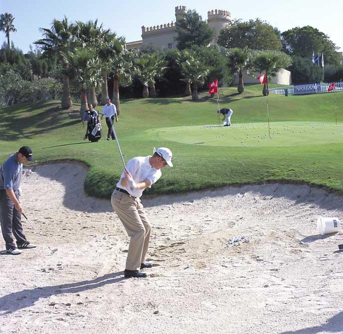 https://golftravelpeople.com/wp-content/uploads/2019/04/Montecastillo-Golf-Club-4.jpg