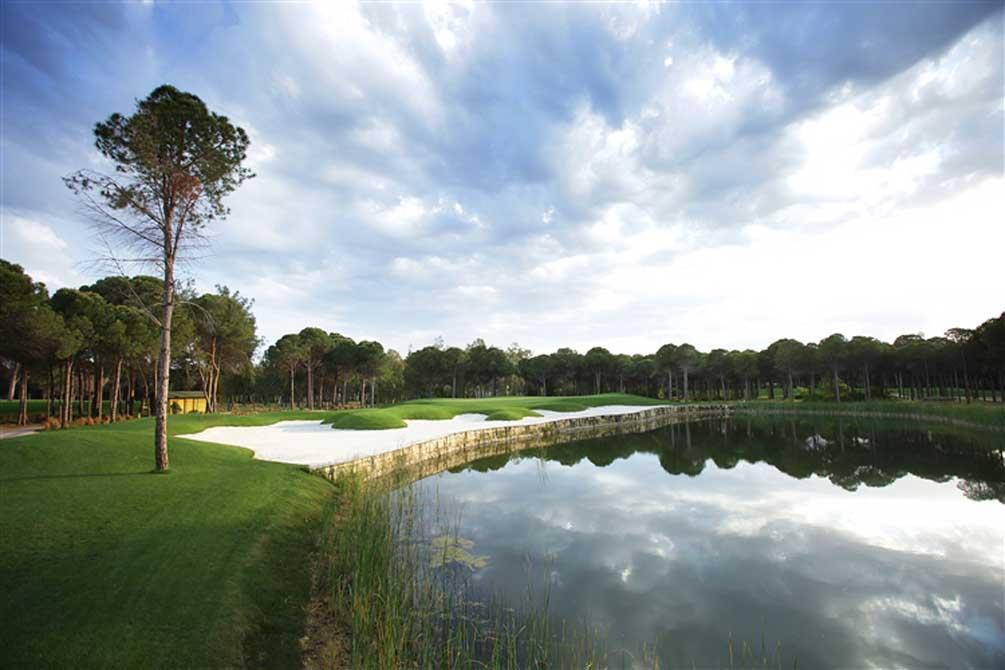https://golftravelpeople.com/wp-content/uploads/2019/04/Montgomerie-Maxx-Royal-13.jpg