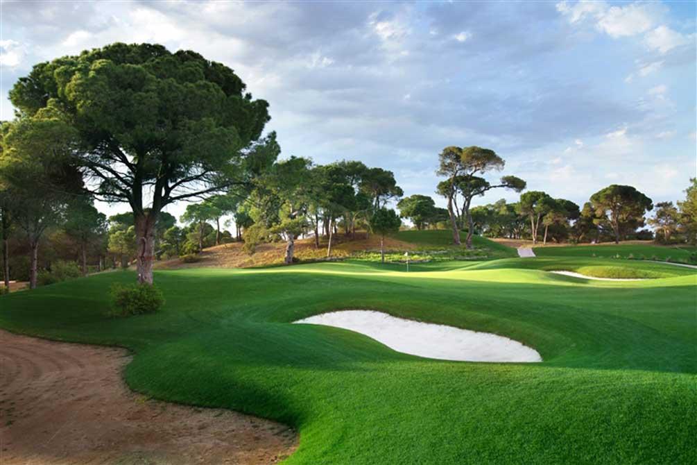 https://golftravelpeople.com/wp-content/uploads/2019/04/Montgomerie-Maxx-Royal-15.jpg