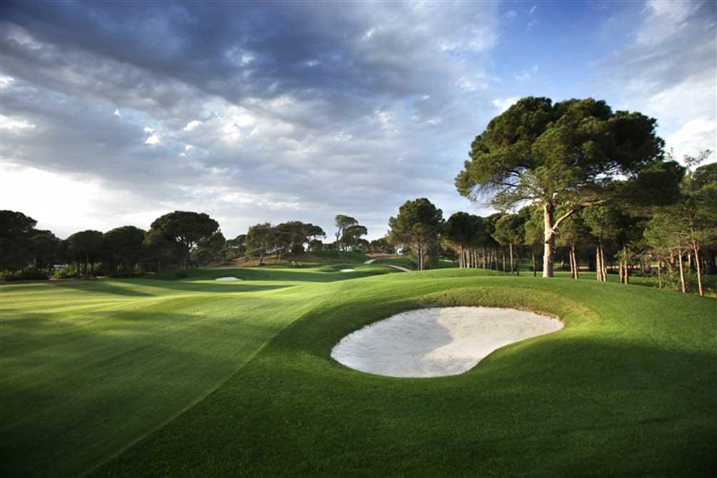 https://golftravelpeople.com/wp-content/uploads/2019/04/Montgomerie-Maxx-Royal-16.jpg