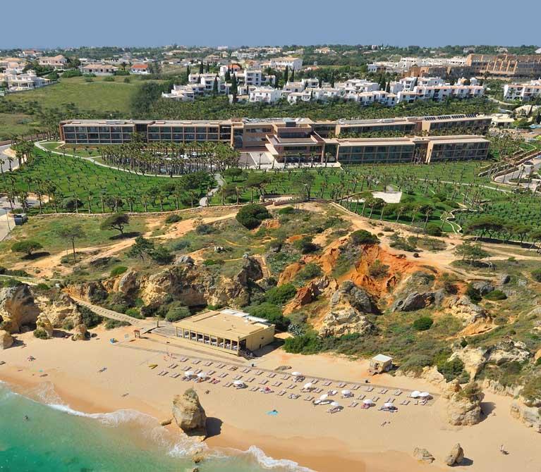 https://golftravelpeople.com/wp-content/uploads/2019/04/NAU-Sao-Rafael-Hotel-14.jpg
