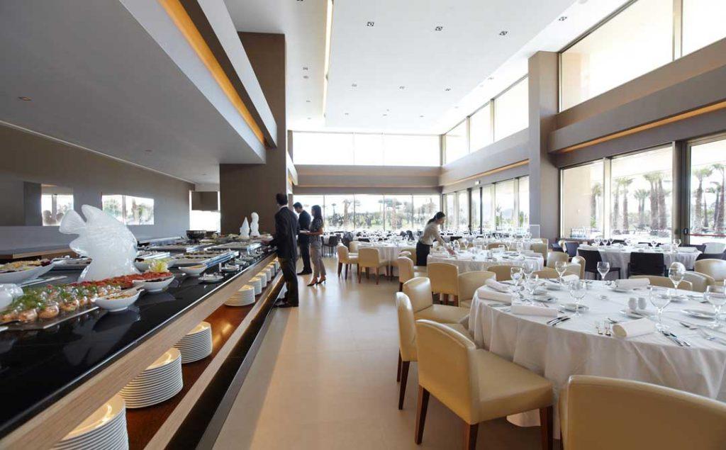 https://golftravelpeople.com/wp-content/uploads/2019/04/NAU-Sao-Rafael-Hotel-16-1024x635.jpg
