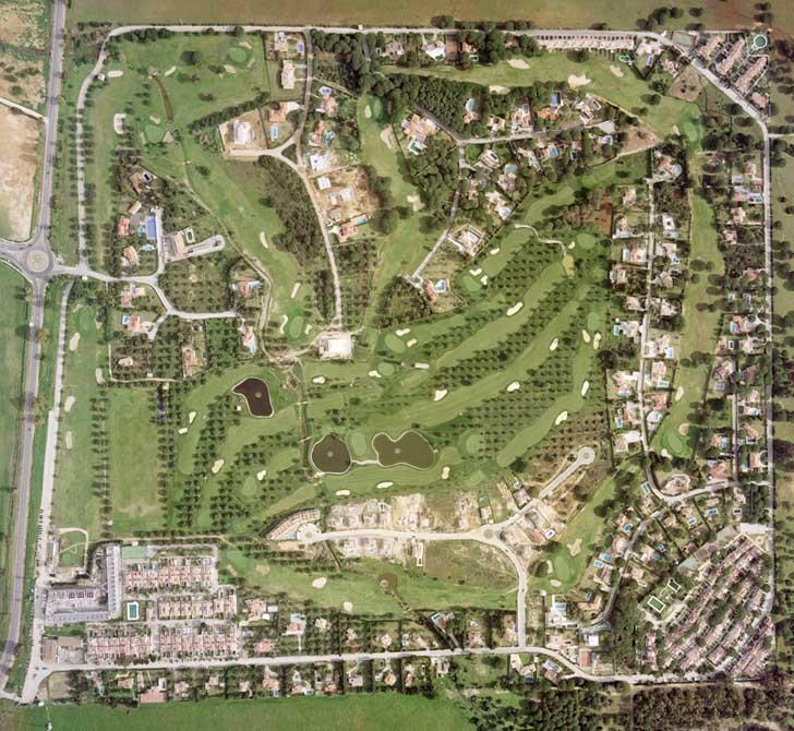 https://golftravelpeople.com/wp-content/uploads/2019/04/Novo-Sancti-Petri-Golf-Club-2.jpg