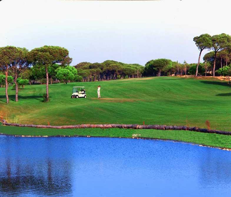 https://golftravelpeople.com/wp-content/uploads/2019/04/Nuevo-Portil-Golf-Club-5.jpg