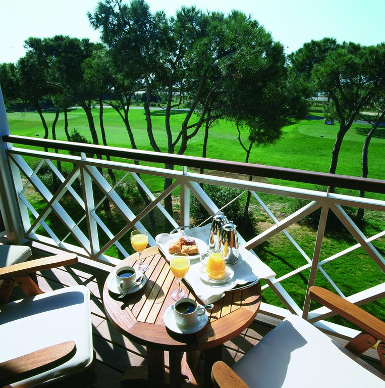 https://golftravelpeople.com/wp-content/uploads/2019/04/Nuevo-Portil-Golf-Hotel-32.jpg