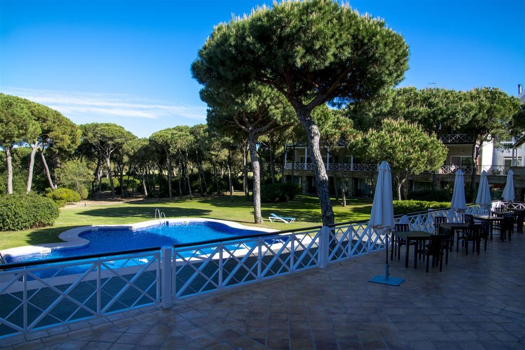 https://golftravelpeople.com/wp-content/uploads/2019/04/Nuevo-Portil-Golf-Hotel-37.jpg