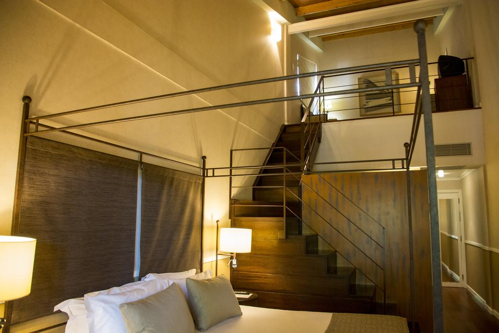 https://golftravelpeople.com/wp-content/uploads/2019/04/Nuevo-Portil-Golf-Hotel-Bedrooms-7.jpg