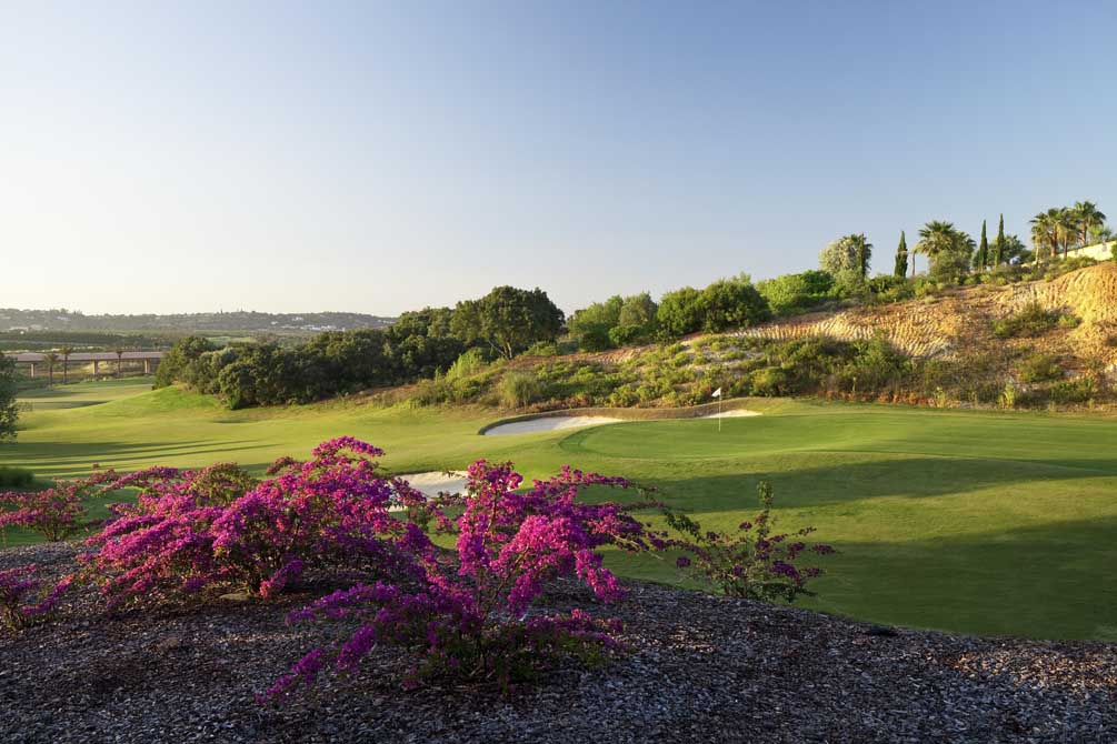https://golftravelpeople.com/wp-content/uploads/2019/04/Oceanico-OConnor-Jnr-6.jpg