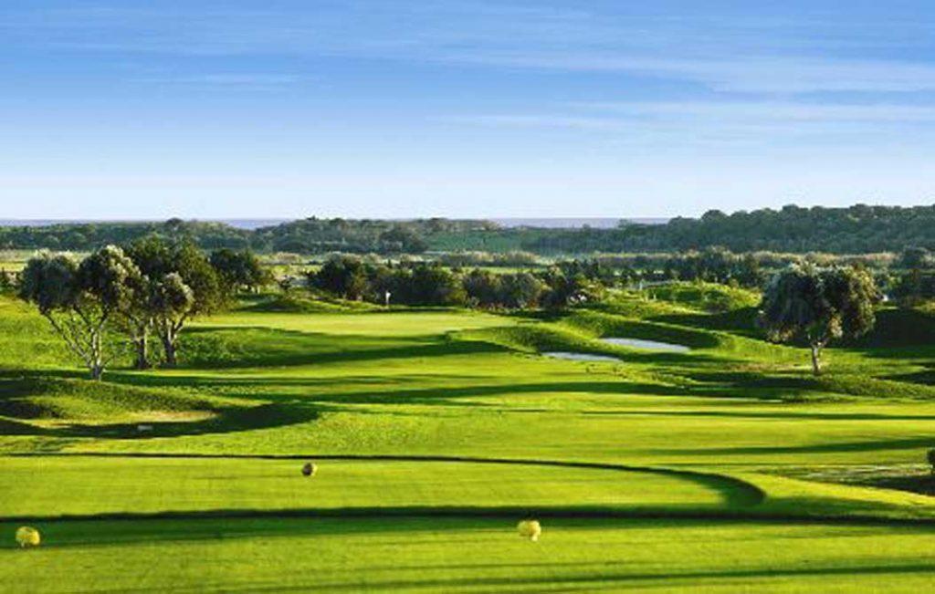 https://golftravelpeople.com/wp-content/uploads/2019/04/Oceanico-Victoria-16-1024x651.jpg