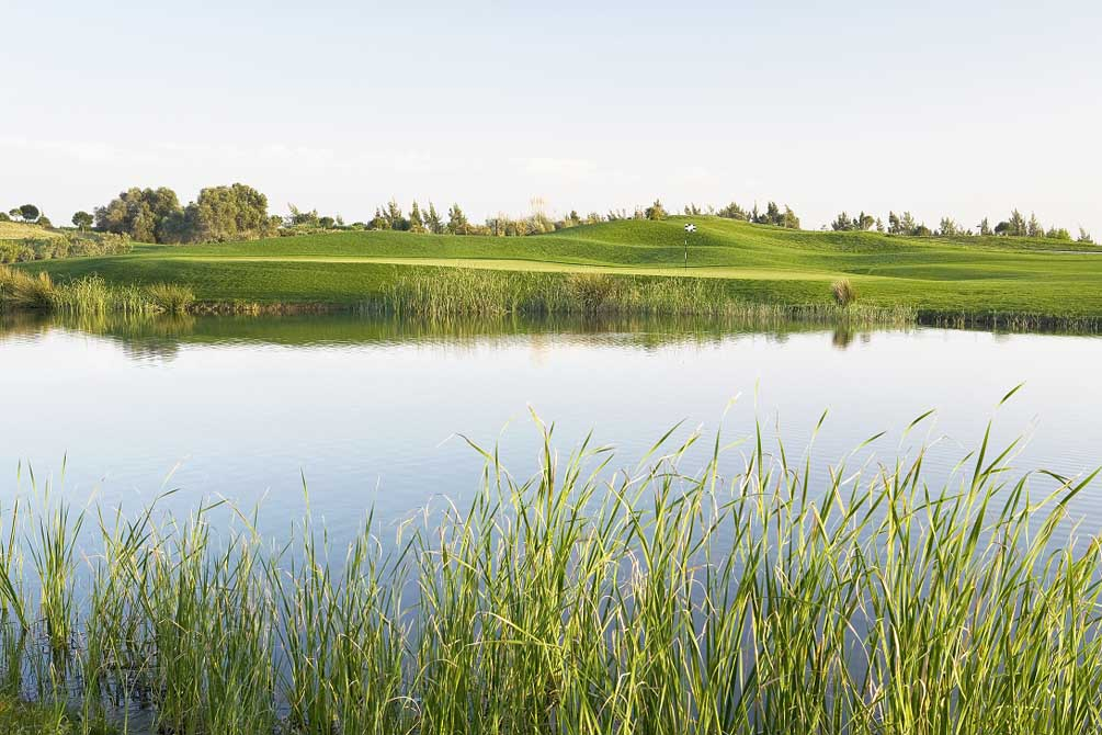 https://golftravelpeople.com/wp-content/uploads/2019/04/Oceanico-Victoria-1_1.jpg