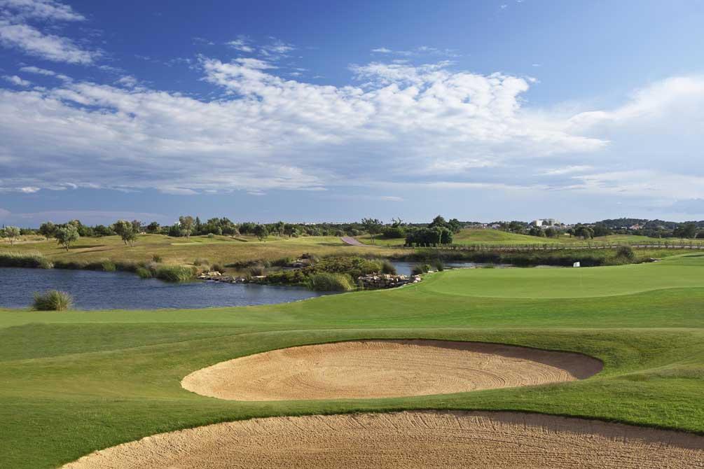 https://golftravelpeople.com/wp-content/uploads/2019/04/Oceanico-Victoria-8.jpg