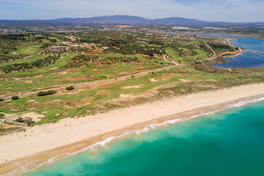 https://golftravelpeople.com/wp-content/uploads/2019/04/Onyria-Palmares-Beach-House-Hotel-New-1.jpg