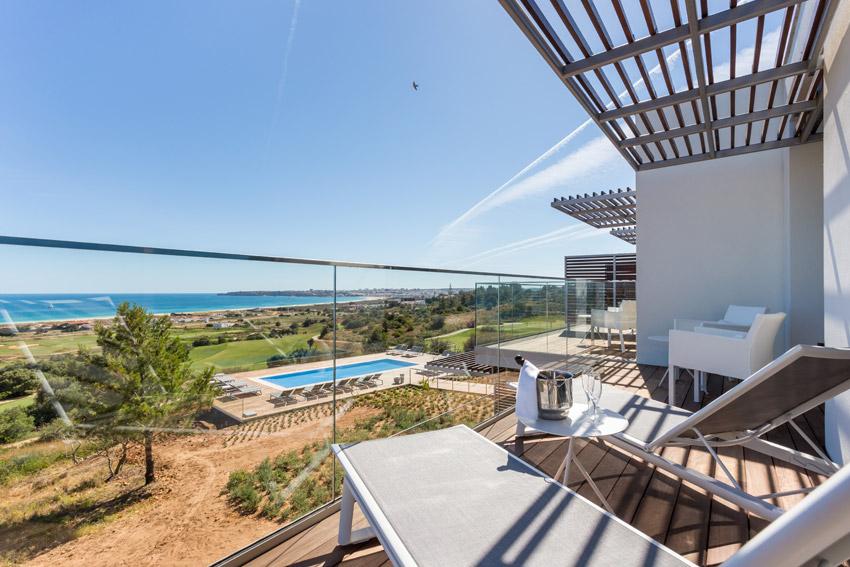 https://golftravelpeople.com/wp-content/uploads/2019/04/Onyria-Palmares-Beach-House-Hotel-New-16.jpg