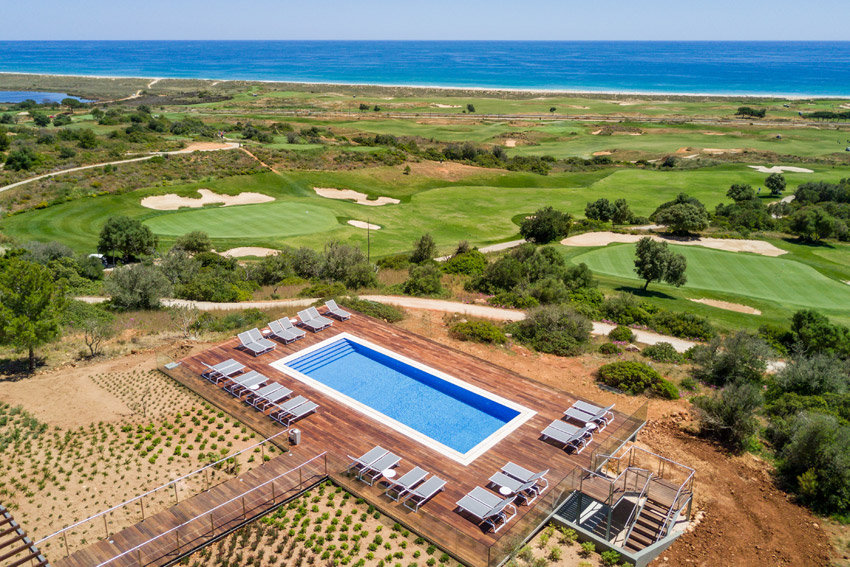https://golftravelpeople.com/wp-content/uploads/2019/04/Onyria-Palmares-Beach-House-Hotel-New-2.jpg