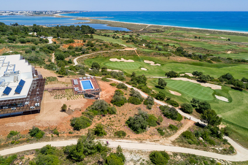 https://golftravelpeople.com/wp-content/uploads/2019/04/Onyria-Palmares-Beach-House-Hotel-New-3.jpg