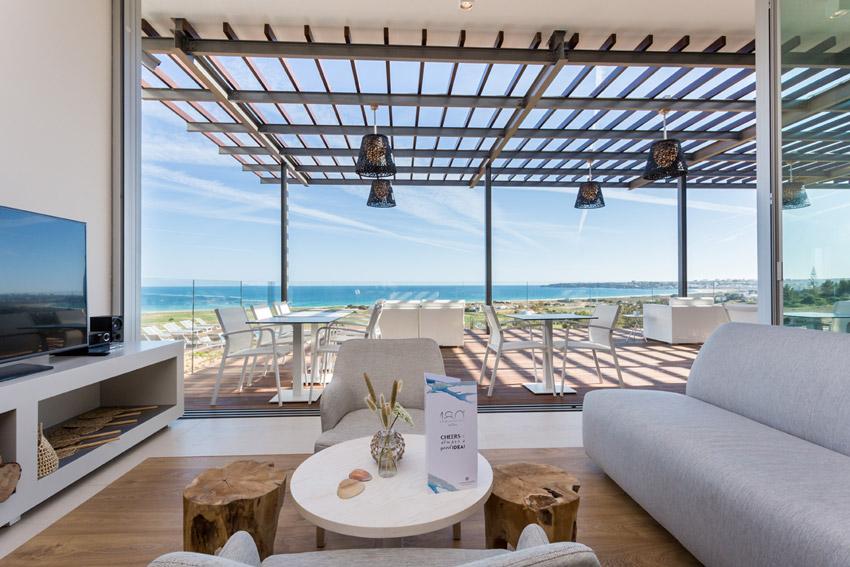 https://golftravelpeople.com/wp-content/uploads/2019/04/Onyria-Palmares-Beach-House-Hotel-New-8.jpg