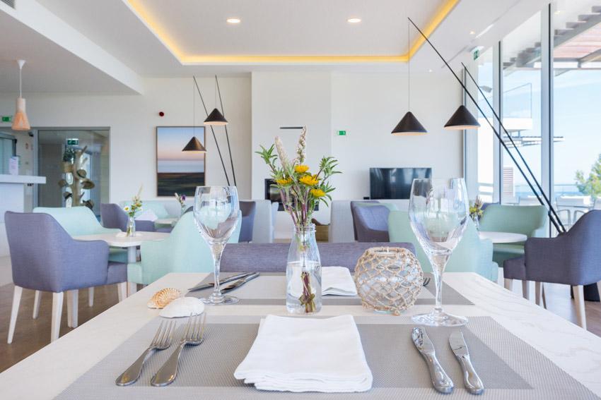 https://golftravelpeople.com/wp-content/uploads/2019/04/Onyria-Palmares-Beach-House-Hotel-New-9.jpg