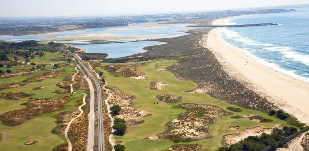 https://golftravelpeople.com/wp-content/uploads/2019/04/Onyria-Palmares-Golf-Club-34-1024x503.jpg