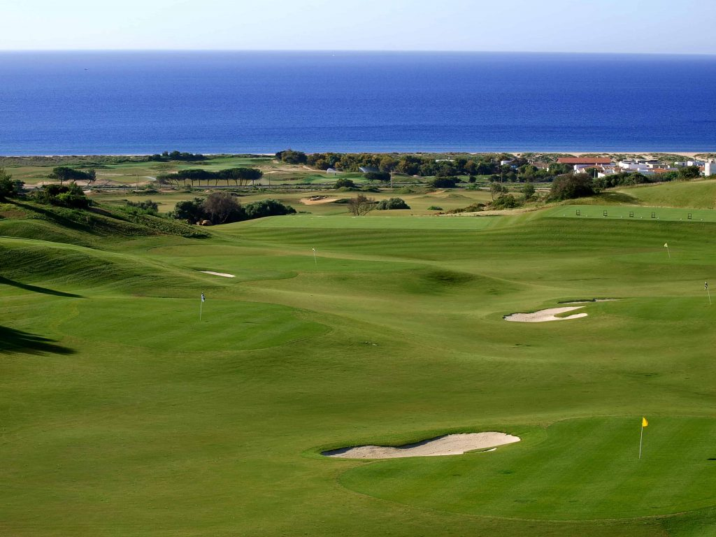 https://golftravelpeople.com/wp-content/uploads/2019/04/Onyria-Palmares-Golf-Club-Lagos-Algarve-Portugal-1-min-1024x768.jpg