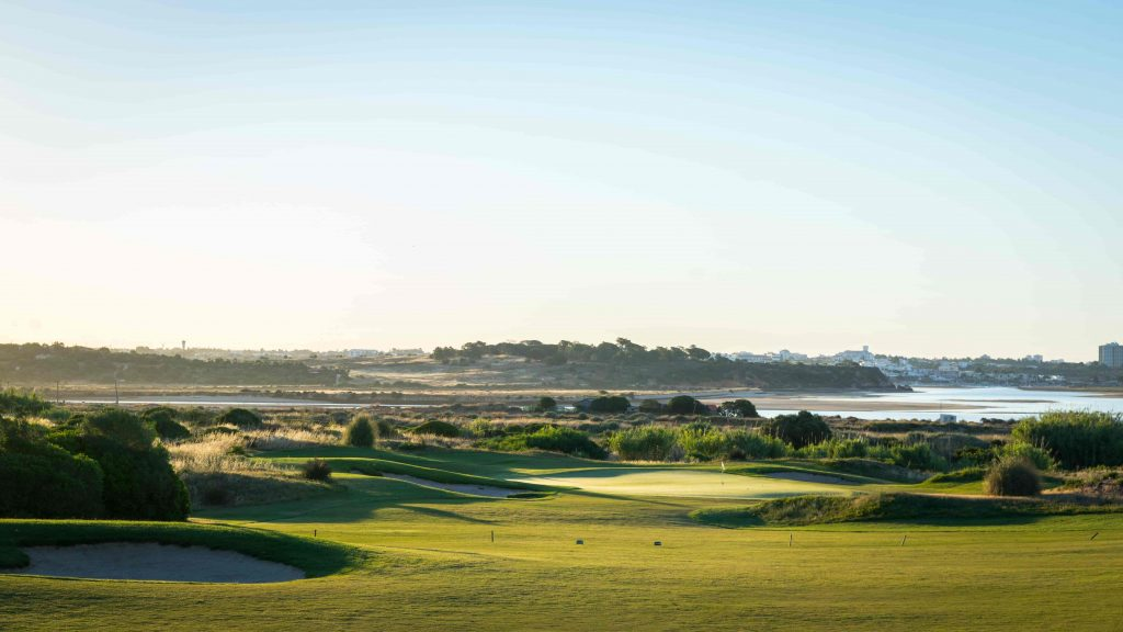 https://golftravelpeople.com/wp-content/uploads/2019/04/Onyria-Palmares-Golf-Club-Lagos-Algarve-Portugal-12-min-1024x576.jpg