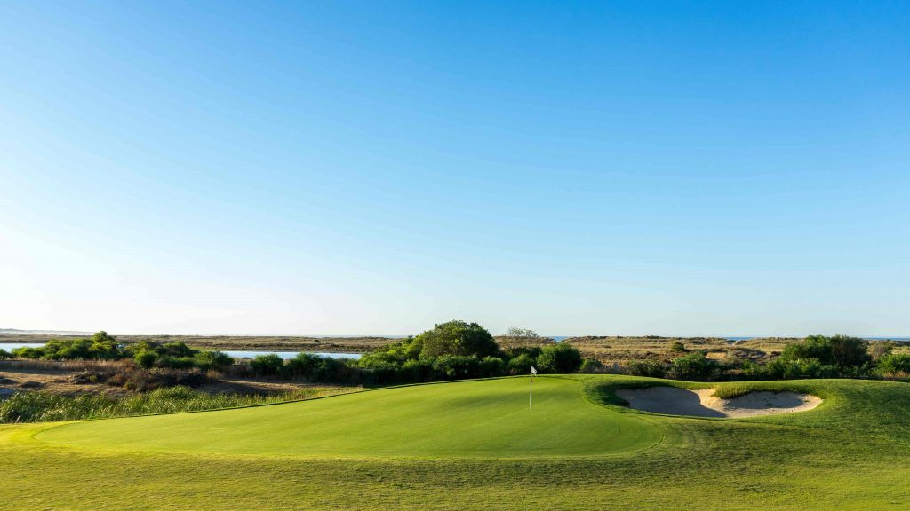 https://golftravelpeople.com/wp-content/uploads/2019/04/Onyria-Palmares-Golf-Club-Lagos-Algarve-Portugal-18-min-1024x576.jpg
