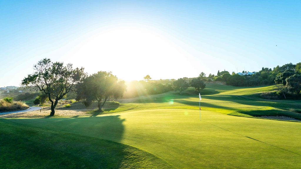 https://golftravelpeople.com/wp-content/uploads/2019/04/Onyria-Palmares-Golf-Club-Lagos-Algarve-Portugal-24-min-1024x576.jpg