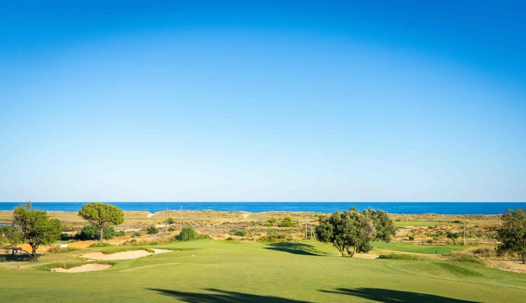 https://golftravelpeople.com/wp-content/uploads/2019/04/Onyria-Palmares-Golf-Club-Lagos-Algarve-Portugal-28-min-1024x590.jpg