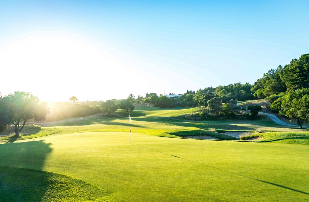 https://golftravelpeople.com/wp-content/uploads/2019/04/Onyria-Palmares-Golf-Club-Lagos-Algarve-Portugal-30-min-1024x669.jpg