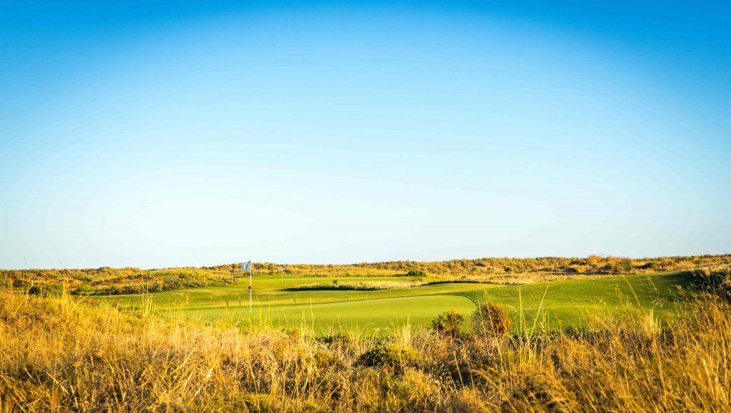 https://golftravelpeople.com/wp-content/uploads/2019/04/Onyria-Palmares-Golf-Club-Lagos-Algarve-Portugal-36-min-1024x579.jpg