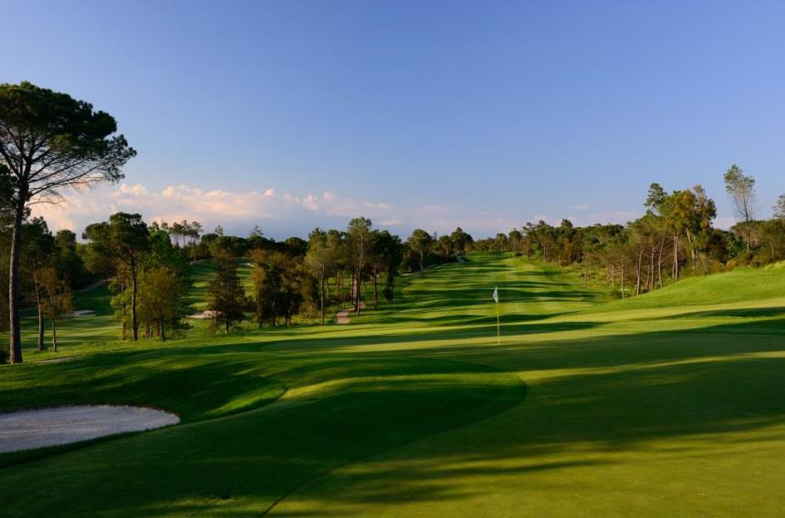 https://golftravelpeople.com/wp-content/uploads/2019/04/PGA-Catalunya-Tour-Course-5.jpg