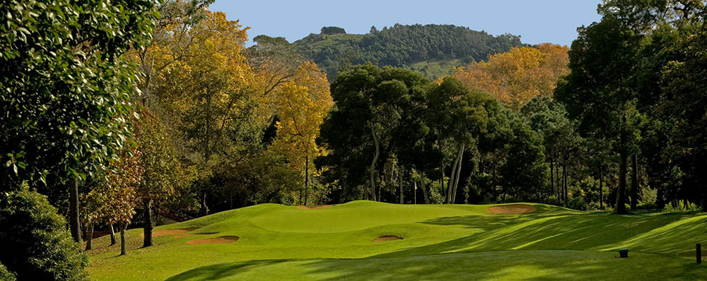https://golftravelpeople.com/wp-content/uploads/2019/04/Palheiro-Golf-Club-Madeira-1-1.jpg