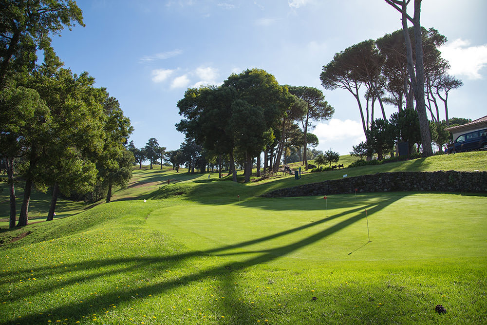 https://golftravelpeople.com/wp-content/uploads/2019/04/Palheiro-Golf-Club-Madeira-14-1.jpg