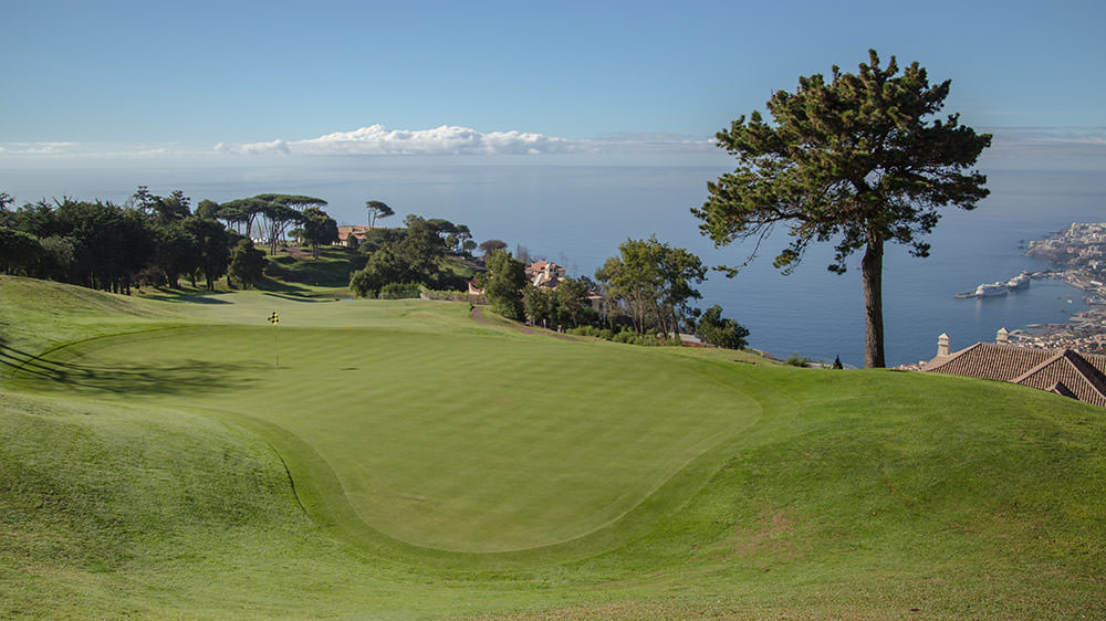 https://golftravelpeople.com/wp-content/uploads/2019/04/Palheiro-Golf-Club-Madeira-20-1.jpg