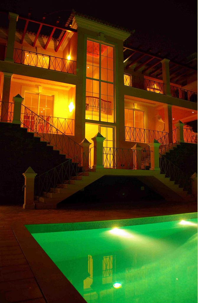 https://golftravelpeople.com/wp-content/uploads/2019/04/Palheiro-Village-Villas-and-Apartments-Madeira-10-670x1024.jpg