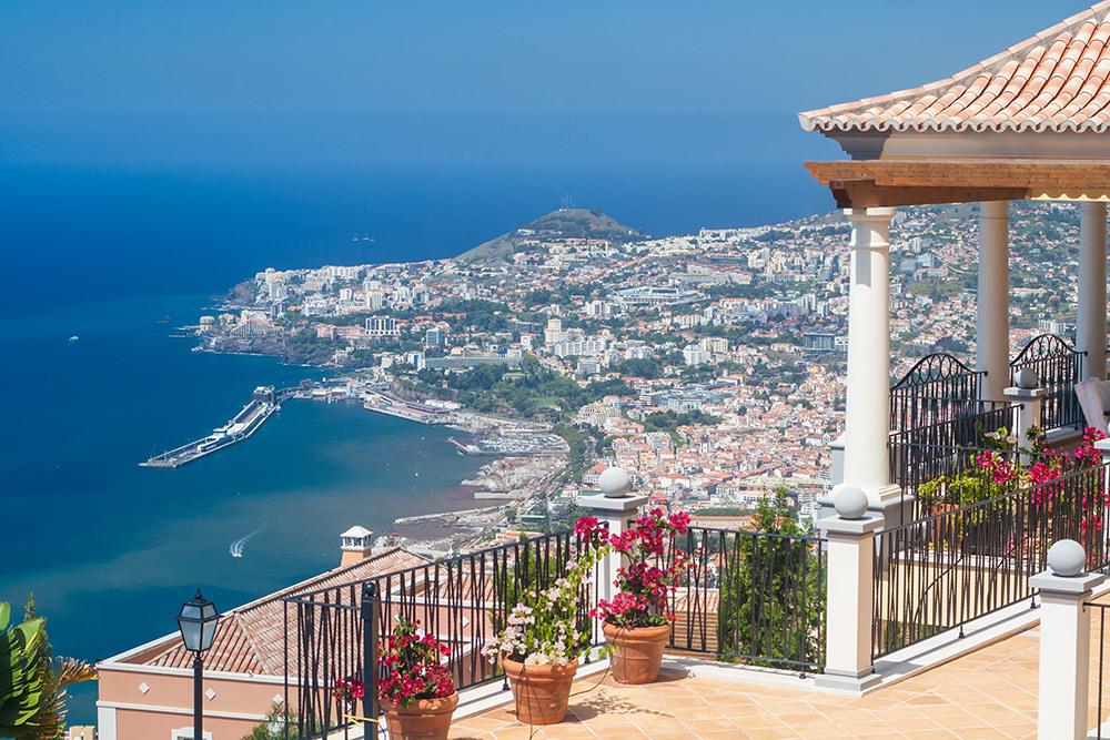 https://golftravelpeople.com/wp-content/uploads/2019/04/Palheiro-Village-Villas-and-Apartments-Madeira-7.jpg