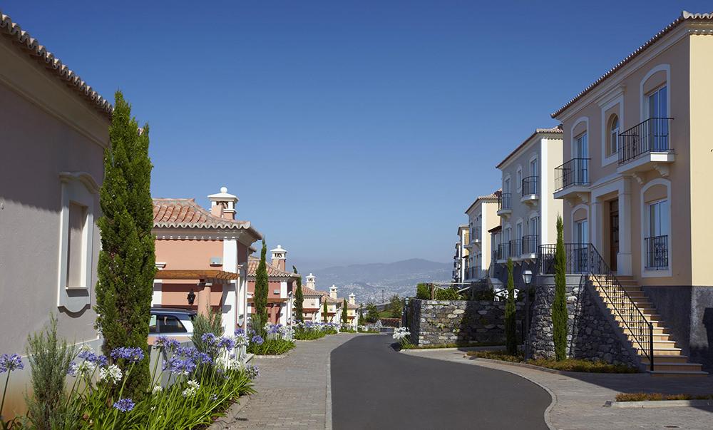 https://golftravelpeople.com/wp-content/uploads/2019/04/Palheiro-Village-Villas-and-Apartments-Madeira-8.jpg