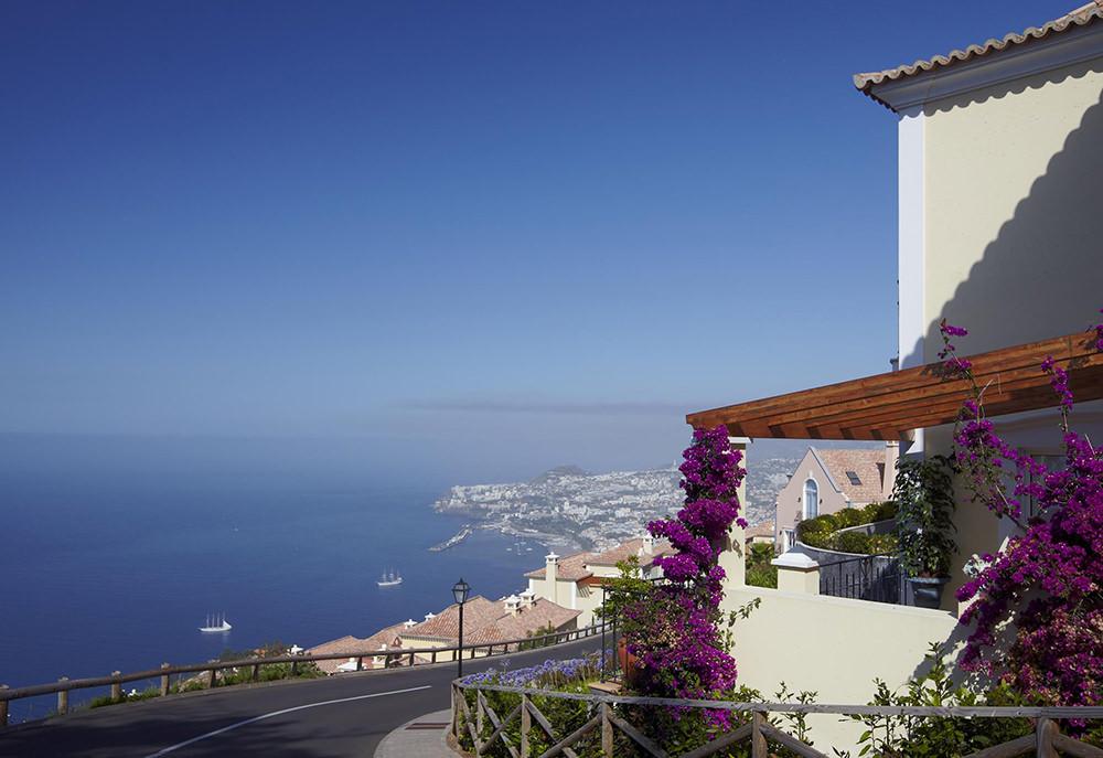 https://golftravelpeople.com/wp-content/uploads/2019/04/Palheiro-Village-Villas-and-Apartments-Madeira-9.jpg