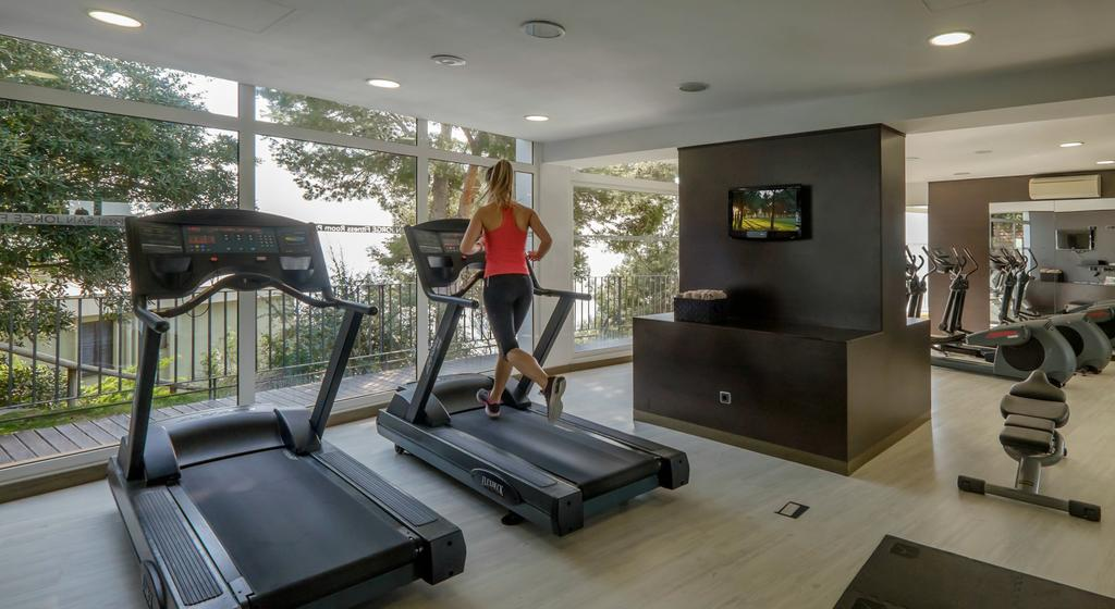 https://golftravelpeople.com/wp-content/uploads/2019/04/Park-Hotel-San-Jorge-Spa-11.jpg