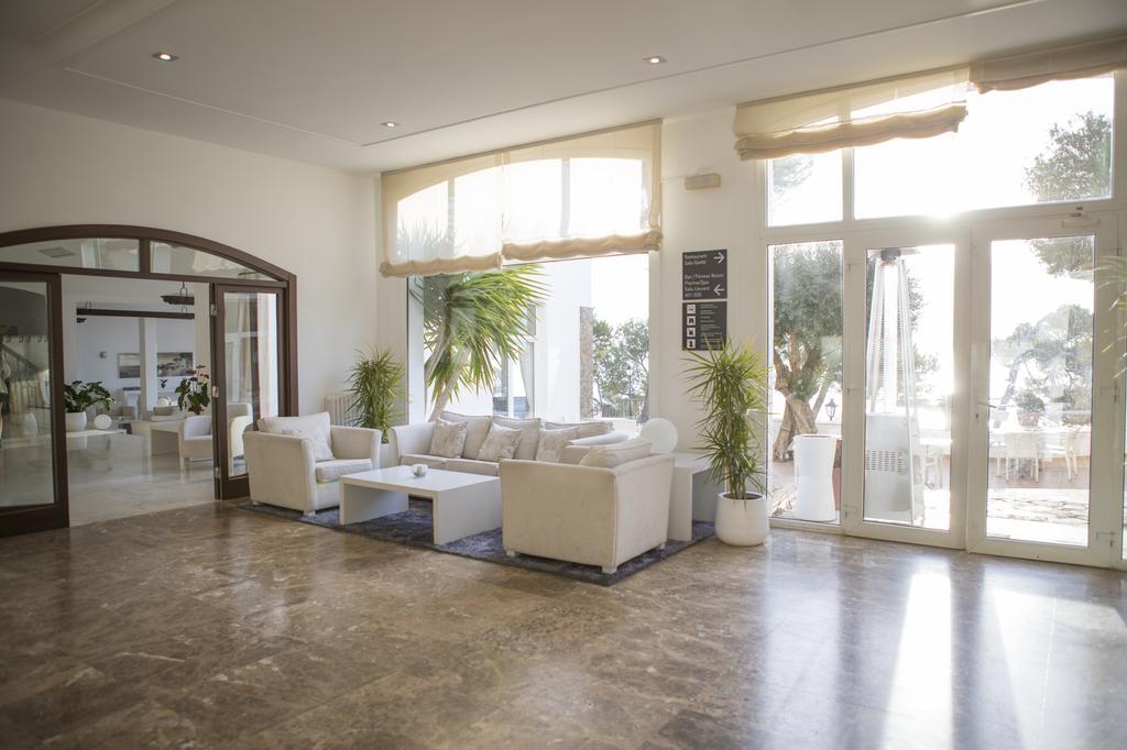https://golftravelpeople.com/wp-content/uploads/2019/04/Park-Hotel-San-Jorge-Spa-23.jpg