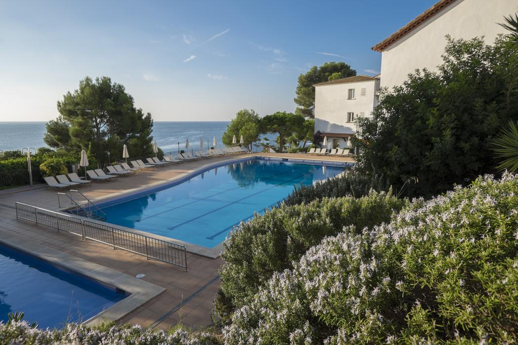 https://golftravelpeople.com/wp-content/uploads/2019/04/Park-Hotel-San-Jorge-Spa-5.jpg