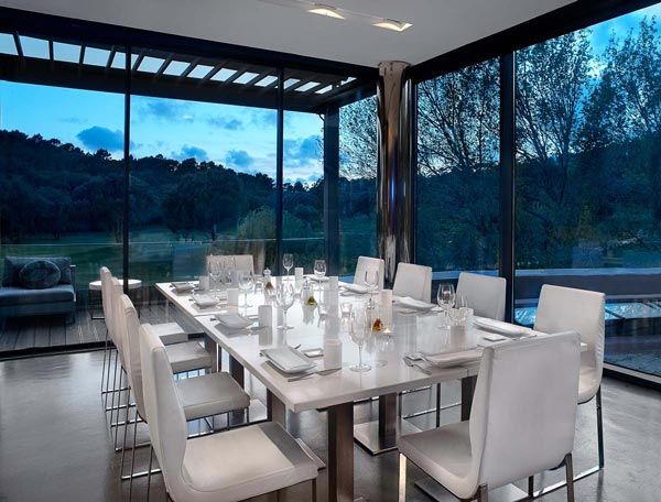 https://golftravelpeople.com/wp-content/uploads/2019/04/Penha-Longa-Resort-Restaurants-160715-3.jpg