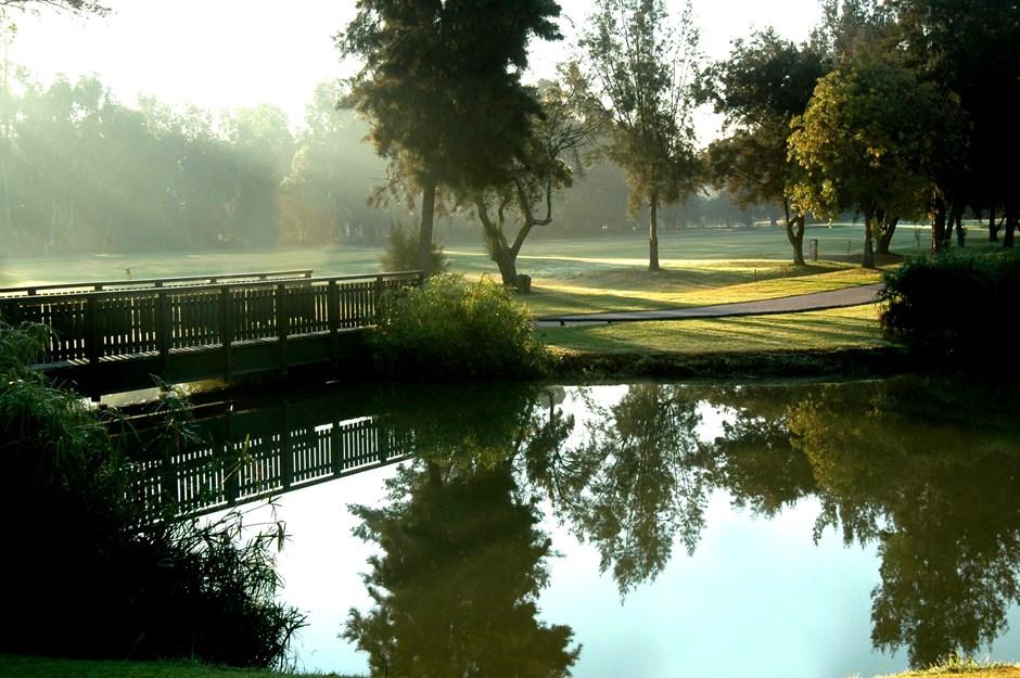 https://golftravelpeople.com/wp-content/uploads/2019/04/Penina-Golf-Resort-Henry-Cotton-Championship-Course-6.jpg