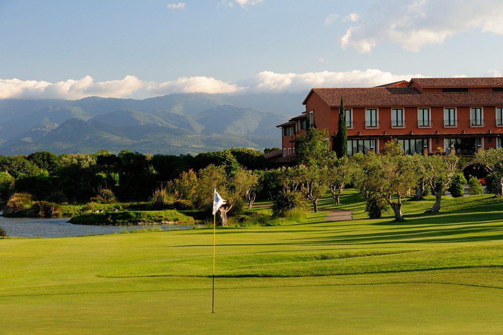 https://golftravelpeople.com/wp-content/uploads/2019/04/Peralada-Golf-Club-2-1024x683.jpg
